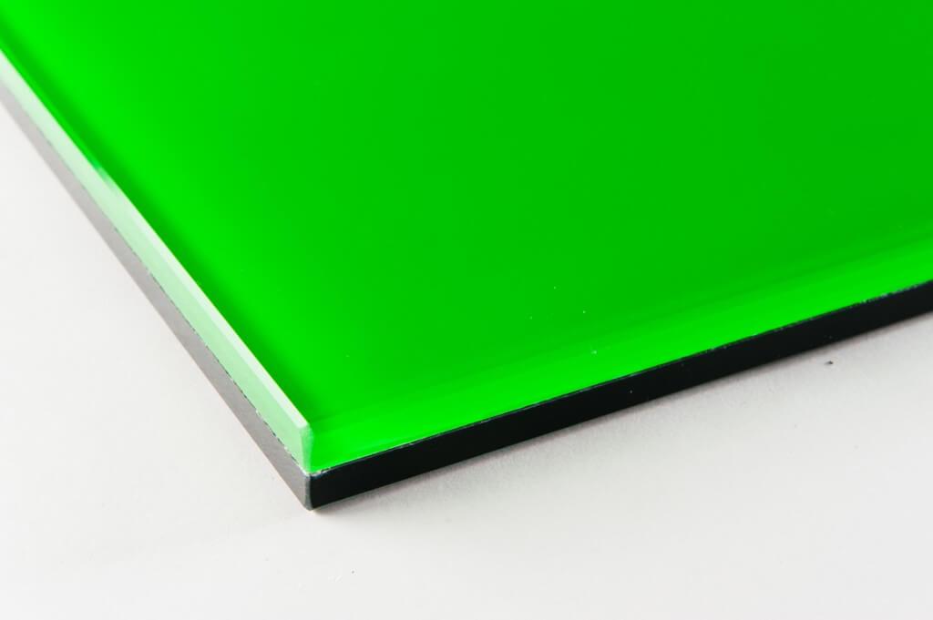 vetri fluorescente verde tutte le lavorazioni, cristallo fluorescente verde tutte le lavorazioni