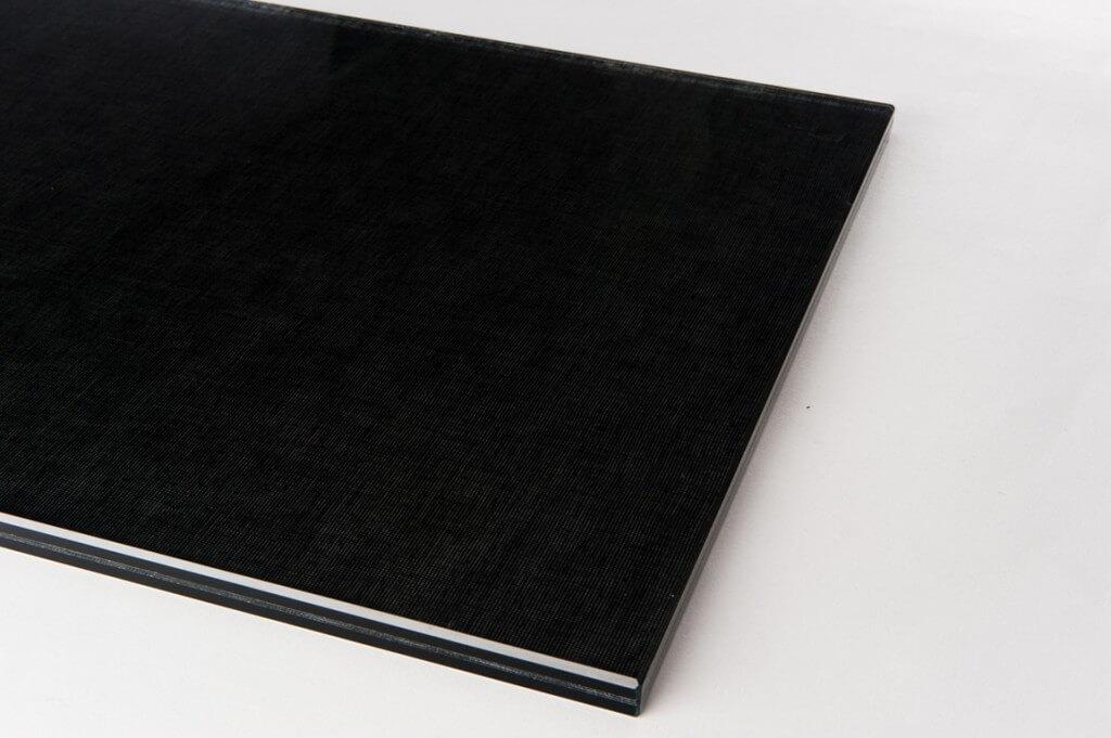 Cristallo stratificato extra chiaro con tessuto interposto supernero Grazi Cristalli