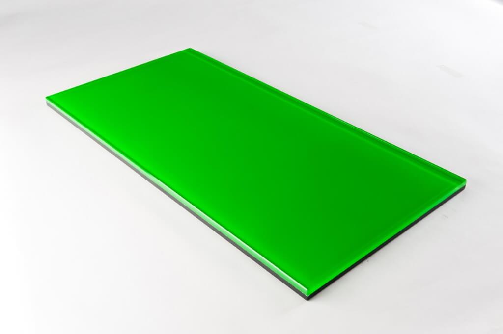 vetro fluorescente verde tutte le lavorazoni, cristallo fluorescente verde tutte le lavorazioni