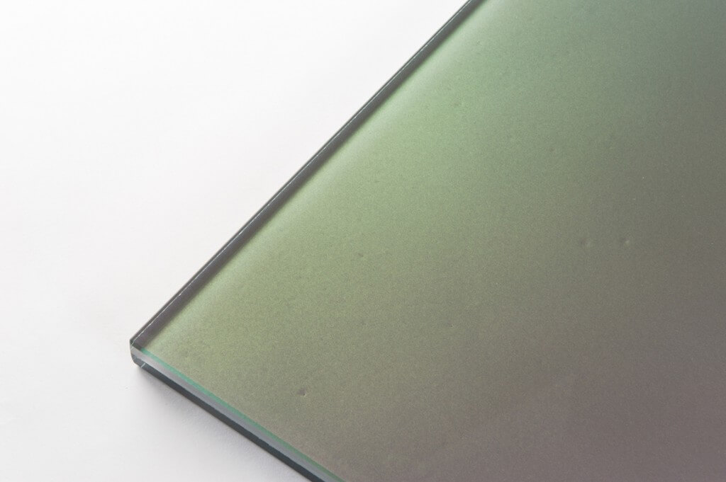 vetro extra chiaro perlato gangiante tutte le lavorazioni