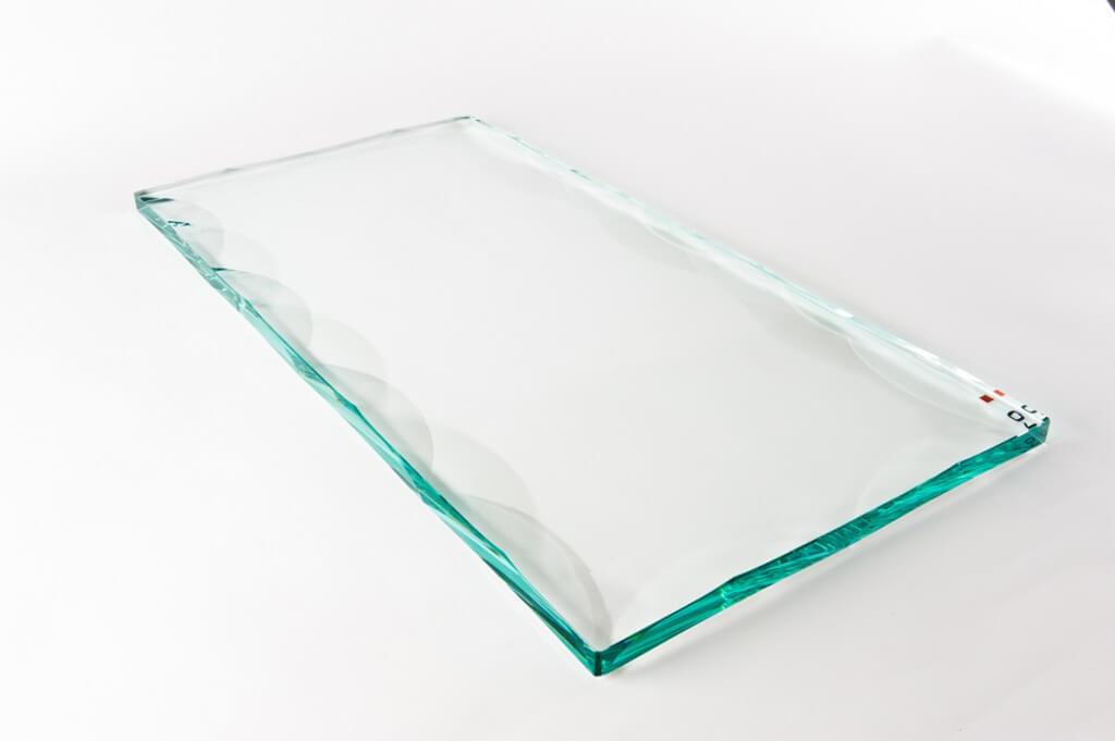 vetro con rilievi, cristalli con rilievi