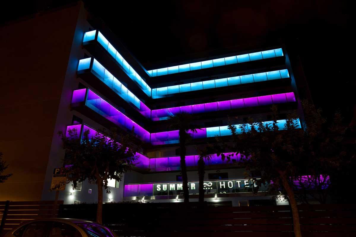 vetro extra chiaro con luce LED hotel multicolore