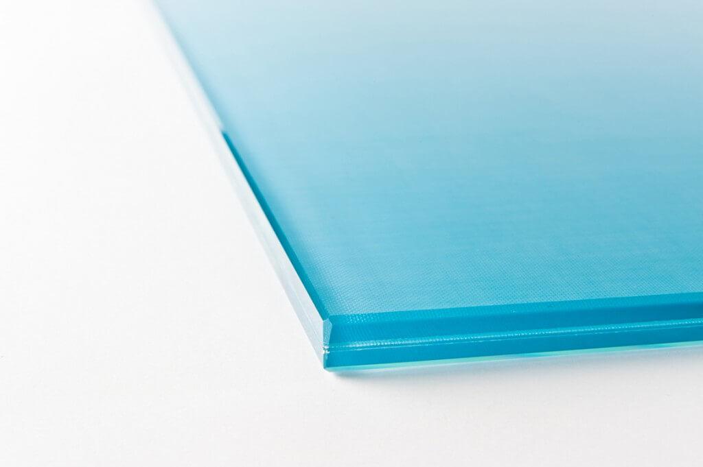 cristallo extra chiaro con tessuto interposto chotel maligno